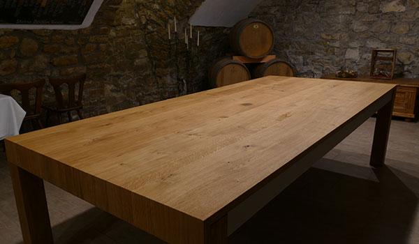 Tisch-Weingut