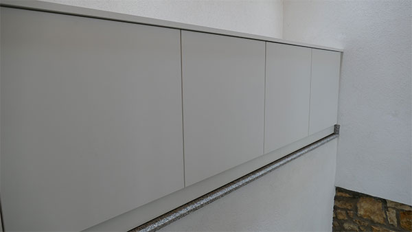 einbau-kommode_treppenhaus